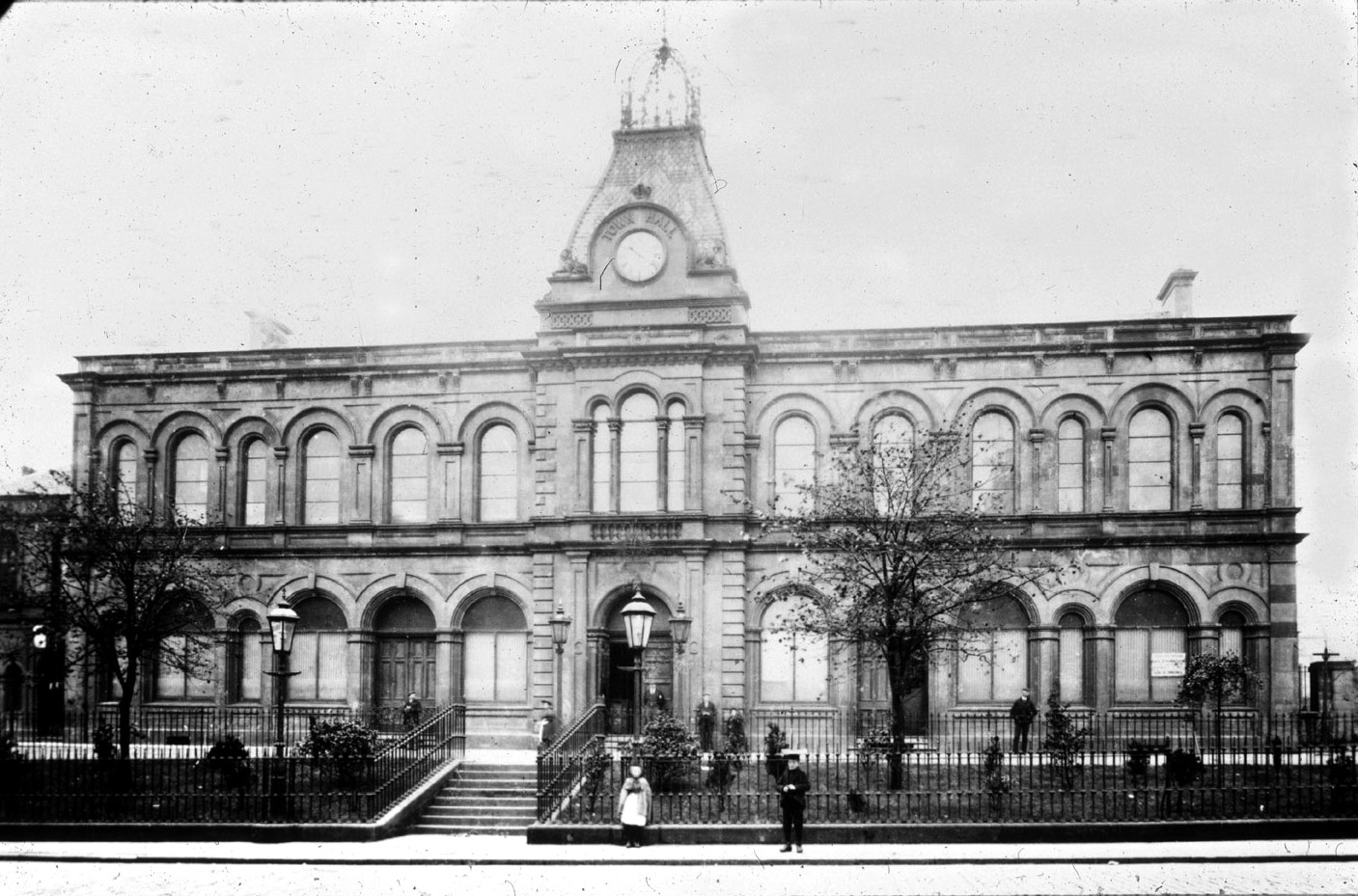 The old town hall in Newmarket Street - demolished.