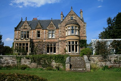 Newbold House (by Forres, Moray)